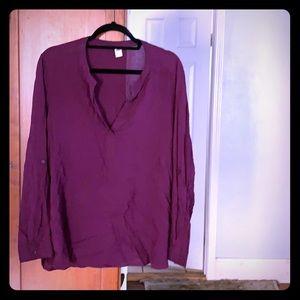 Eggplant blouse with buttons on sleeves
